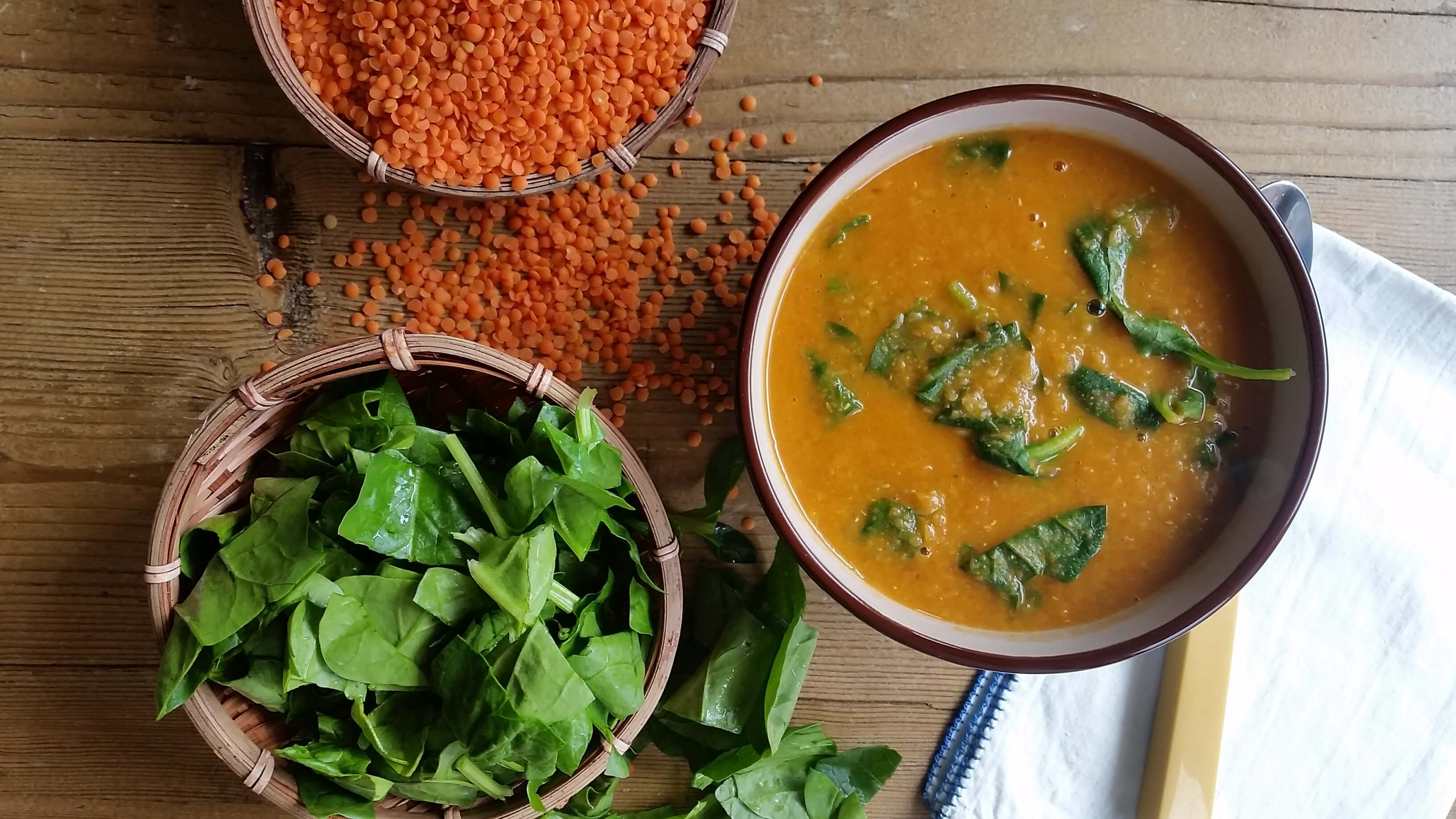 Red Lentil Soup Recipe With Curry Powder And Spinach A Good Carrot